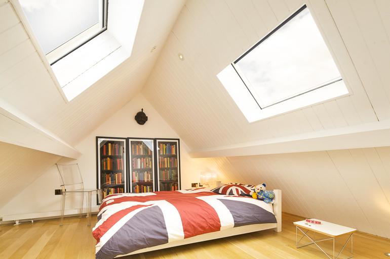 Attic bedroom wooden flooring, French smoked oak